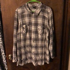 Tops - Plaid button up